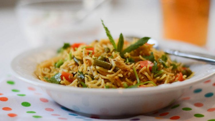 Top 5 foods you should have while you are travelling in India