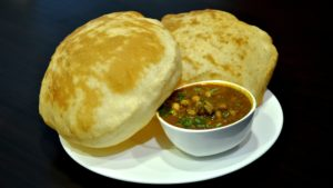 Chole_Bhature_from_Nagpur